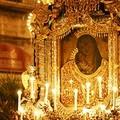 Processione dei Santi Patroni: i barlettani ritrovano l'unità nella religione