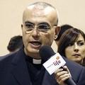 Monsignor Filippo Salvo a politici, amministratori, imprenditori: «Incontriamoci!»