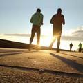 """Padre e figlio corrono insieme per la  """"Fiaccola delle Cattedrali """" a Barletta"""