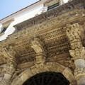 Edificio degradato confinante con il Palazzo della Marra