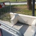 """Ripristinata la panchina divelta nel parco  """"Pietro Mennea """" di Barletta"""