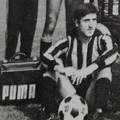 """Da Barletta alla """"scala del calcio"""": la storia di Peppino Pavone"""