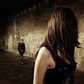 «Mi fissa e si tocca», l'incubo di una ragazza in via Canne