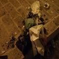 Bravate nel quartiere Santa Maria, si fanno esplodere buste di rifiuti