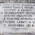 Restaurata la targa della cappella-ossario all'interno del cimitero di Barletta