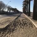 Sabbia sulla pista ciclabile, attivo il divieto di transito