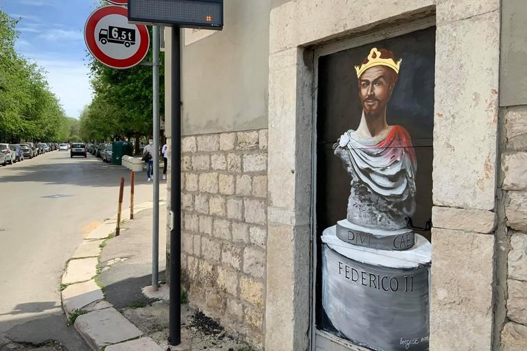 Borgiac, il murale di Federico II