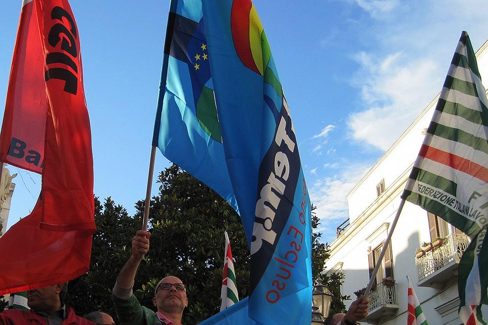 Aosta, presidio dei sindacati per la mobilitazione del 14 ottobre