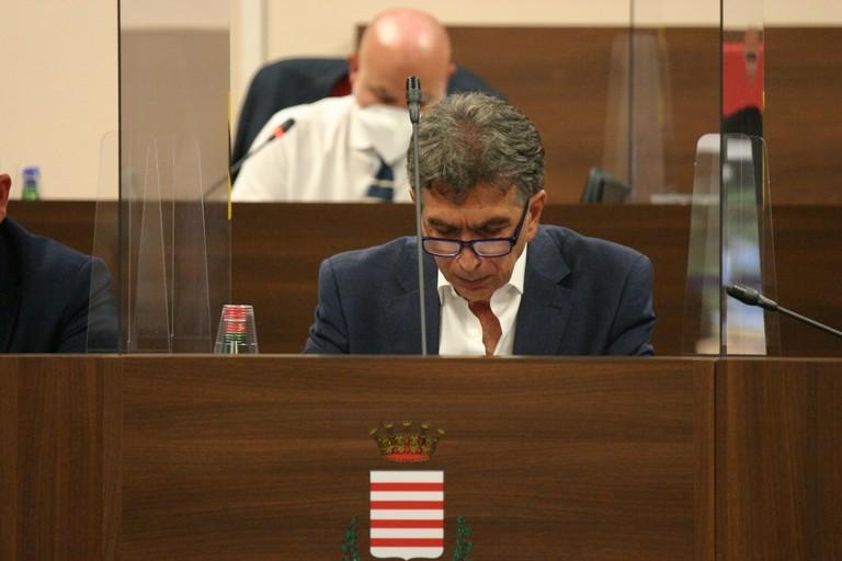 Cannito non riparte: adesso c'è una giunta, ma a Barletta manca una maggioranza