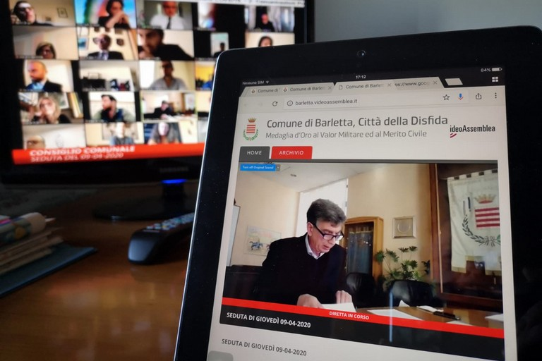 9 aprile 2020, il primo storico consiglio comunale di Barletta in diretta streaming