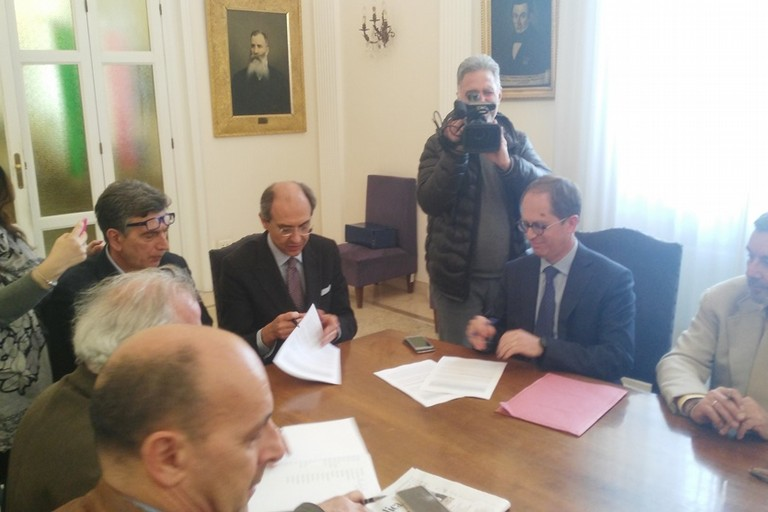 Protocollod'intesa tra i comuni di Andria e Barletta, i sindacati e Ferrotramviaria