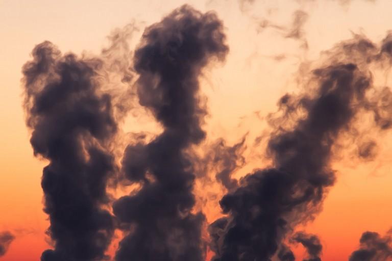 Emissioni odorigene, ne parla la politica: mozione approvata in consiglio