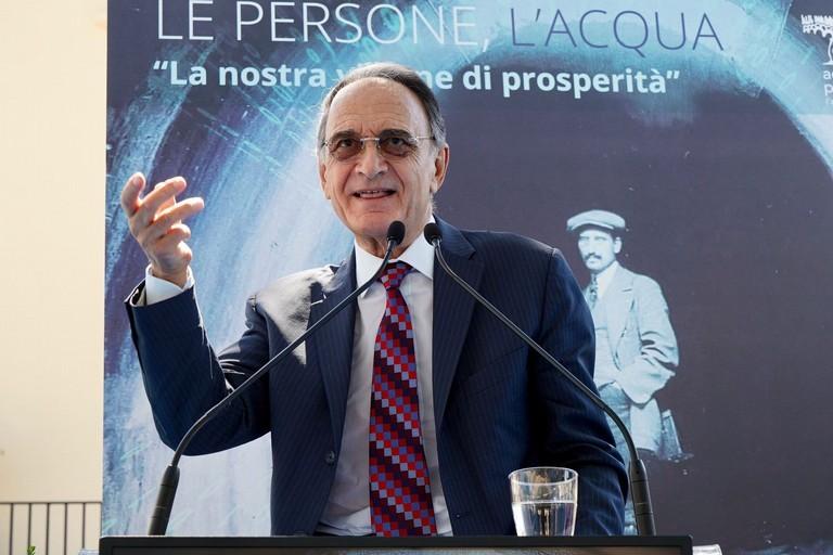 Il presidente di AQP Simeone di Cagno Abbrescia