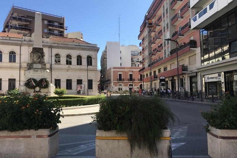 Chiusura Piazza Caduti, Tarantino (ANPI): «Nessun complotto con l'Amministrazione di Barletta»