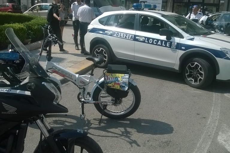 Controlli su bici elettriche, in azione la Polizia locale di Barletta