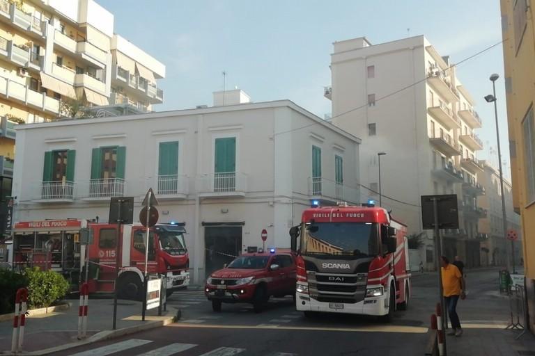 Incendio in via D'Aragona