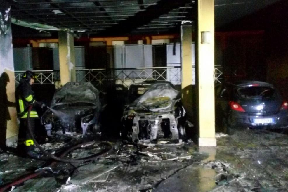 Incendio in via Lattanzio