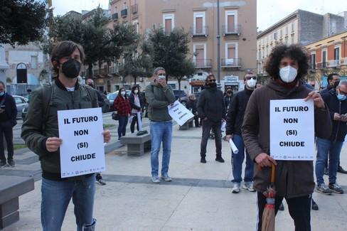 Artigiani, commercianti, partite IVA: le voci della protesta a Barletta