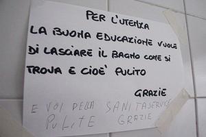 Cartello Per Bagno Donne : Cartello per bagno donne la pipì al bar costa cent protesta