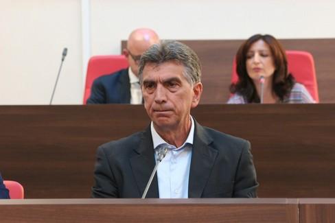 Il sindaco Cannito dichiara le sue dimissioni
