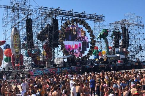 Il Jova Beach Party conquista Barletta