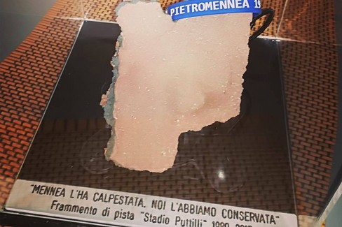 Frammento della pista calpestata da Mennea