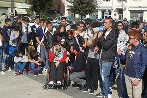 Protesta studentesca barletta