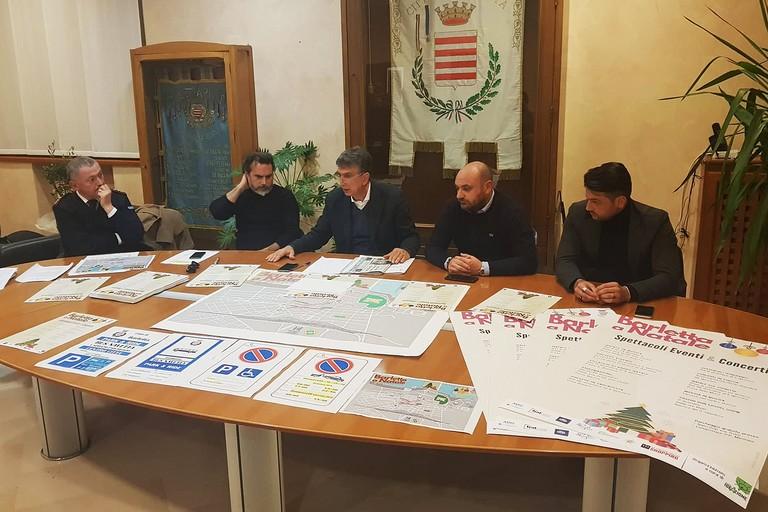 """Oltre 100 eventi in un mese: presentato il cartellone """"Barletta a Natale"""""""