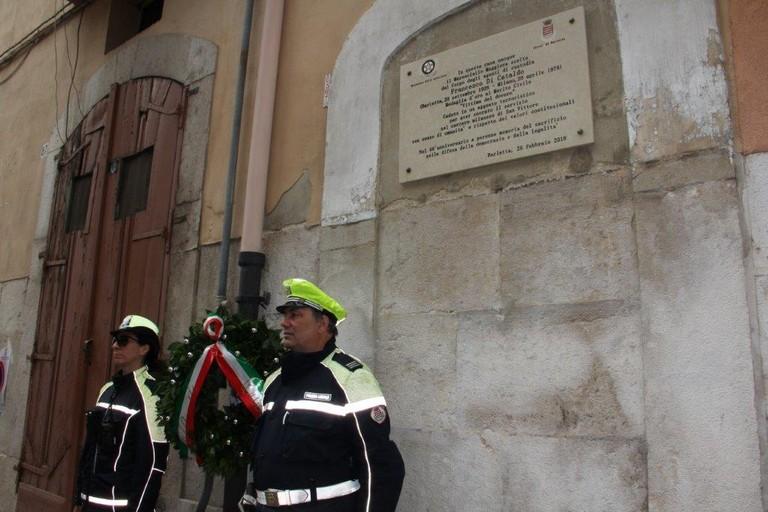 L'omaggio dell'amministrazione di Barletta a Francesco Di Cataldo