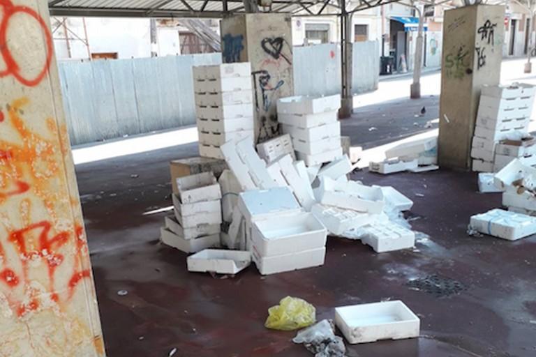Piazza Divittorio, Bar.S.A.: «Ormai è diventata piazza dell'inciviltà»