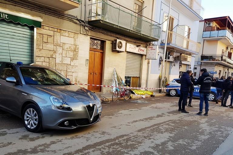 Omicidio in via Dicuonzo, si costituisce il presunto killer