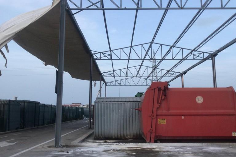 Allerta meteo per vento forte a Barletta, disagi all'ecocentro Arcobaleno